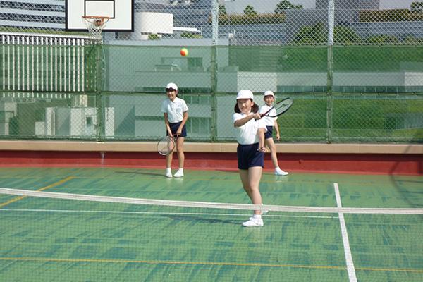 ショートテニスクラブ